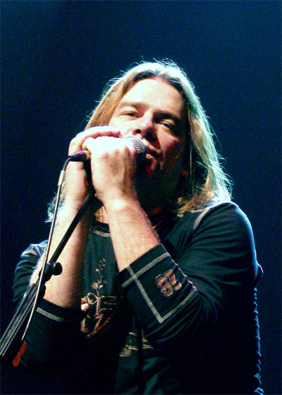 alan doyle laying down to perish
